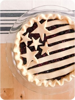 Blackberry Pie 2 ©Emeliabird 2016